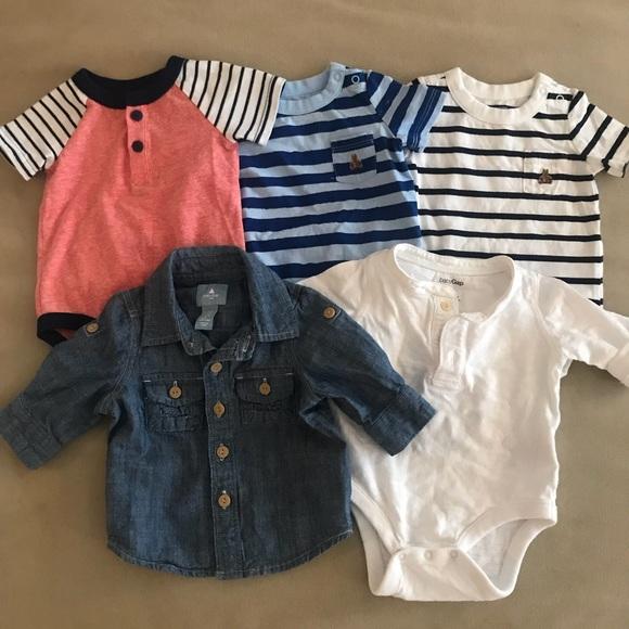 36aa41907591 GAP Other - Baby GAP boy set 0-3 Chambray